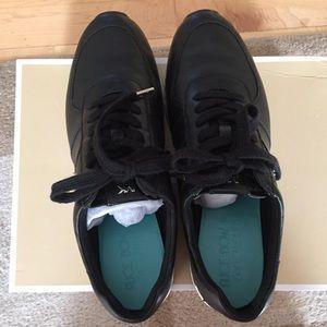 Michael Kors Shoes - NEW IN BOX MICHAEL KORS ALLIE TRAINER BLACK 8.5